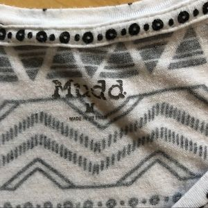 Mudd Tops - 🤩Mudd Pattern T-Shirt